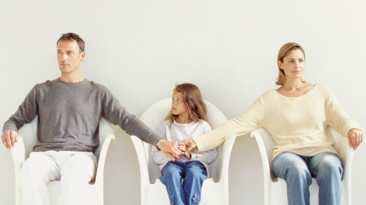 impact of divorce on children under the age of 18 Divorce may be worse for parent-child bonding if parents split when kids are young, new research suggests but the study, detailed in a forthcoming issue of the journal personality and social.